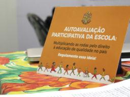 autoavaliação participativa de olho nos planos conselho municipal de educação conferência plano municipal monitoramento participativo