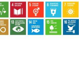 Imagem apresenta os 17 Objetivos do Desenvolvimento Sustentável (ODS): 1. Erradicação da pobreza; 2. Fome zero; 3. Boa saúde e bem-estar; 4. Educação de Qualidade; 5. Igualdade de gênero; 6. Água limpa e saneamento; 7. Energia acessível e limpa; 8. Emprego digno e crescimento econômico; 9. Indústria, inovação e infraestrutura; 10. Redução das desigualdades; 11. Cidades e comunidades sustentáveis; 12. Consumo e produção responsáveis; 13. Combate às alterações climáticas; 14. Vida debaixo d'água; 15. Vida sobre a terra; 16. Paz, justiça e instituições fortes; 17. Parcerias em prol das metas.