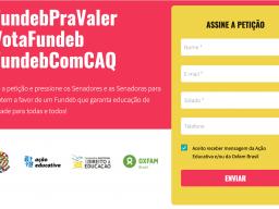 """Print screen da página da petição """"Quero um Fundeb Pra Valer"""", com a hastag em branco, no fundo vermelho. A direita, um espaço para assinar a petição."""